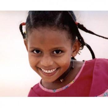 20081227084600_girl-nouadhibou-mauritania3
