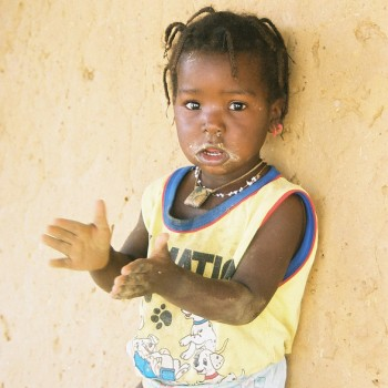 Photo of Baby girl clapping, Senegal - West Africa