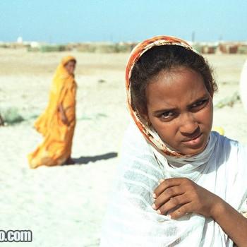 Girls el Nouamghar fishermen village, Islamic Republic of Mauritania, West Africa