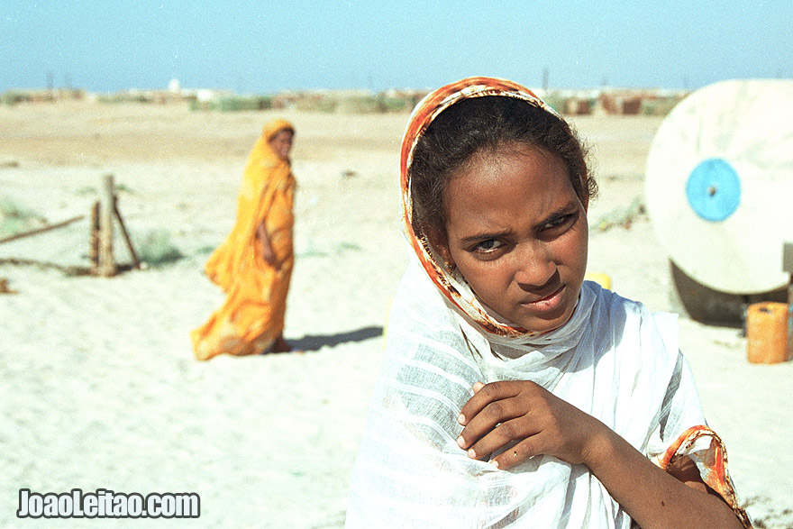 Girls in el Nouamghar fishermen village, Islamic Republic of Mauritania, West Africa
